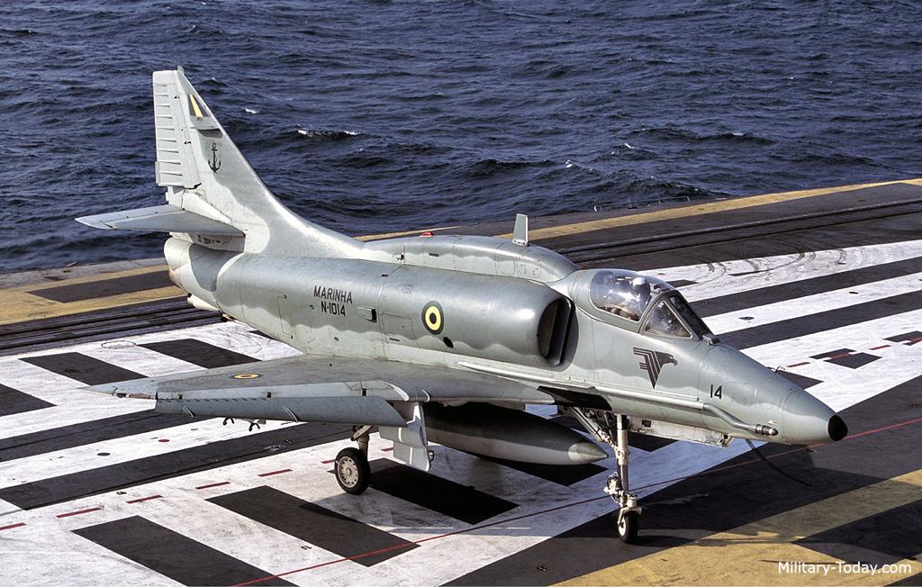 A 4 Skyhawk Images
