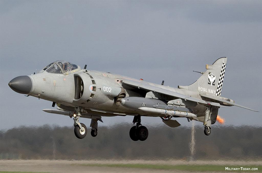 Fuerzas Armadas del Reino Unido Bae_sea_harrier_l2