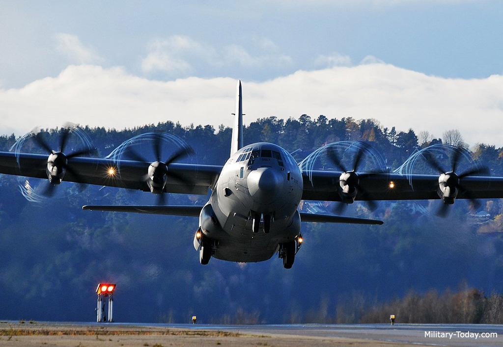 طائرة النقل C-130J C130j_super_hercules_l2