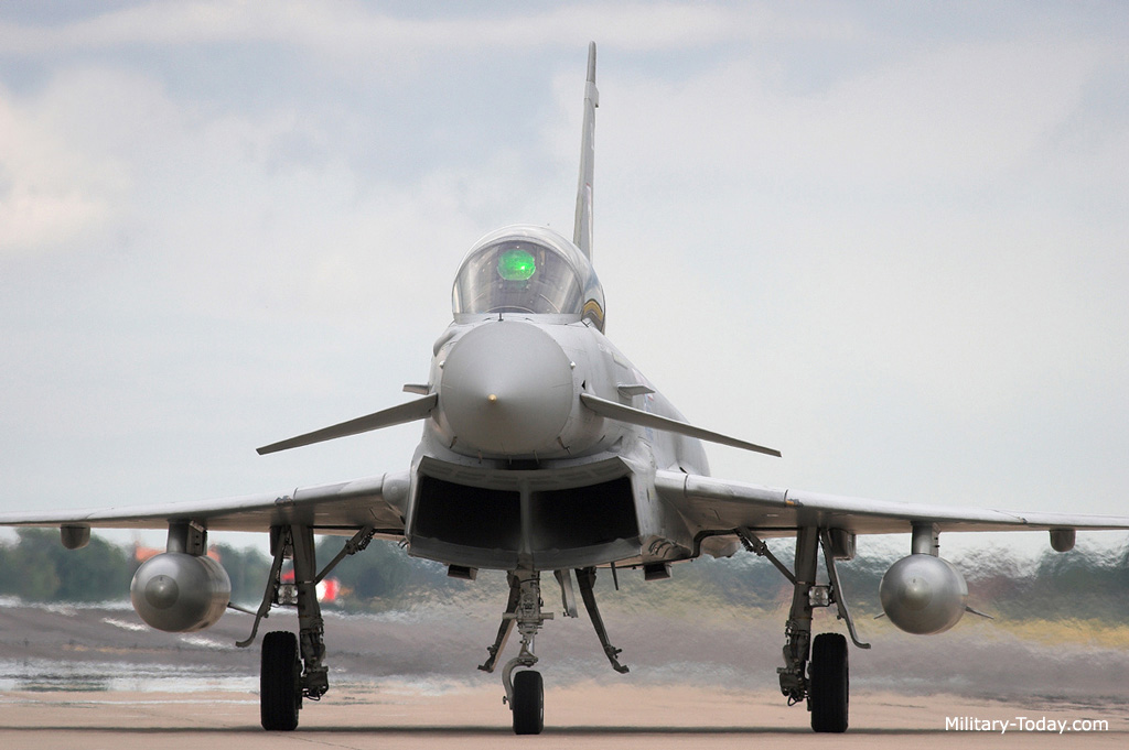 eurofighter_typhoon_l1.jpg
