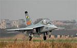 Hongdu L-15 Falcon trainer