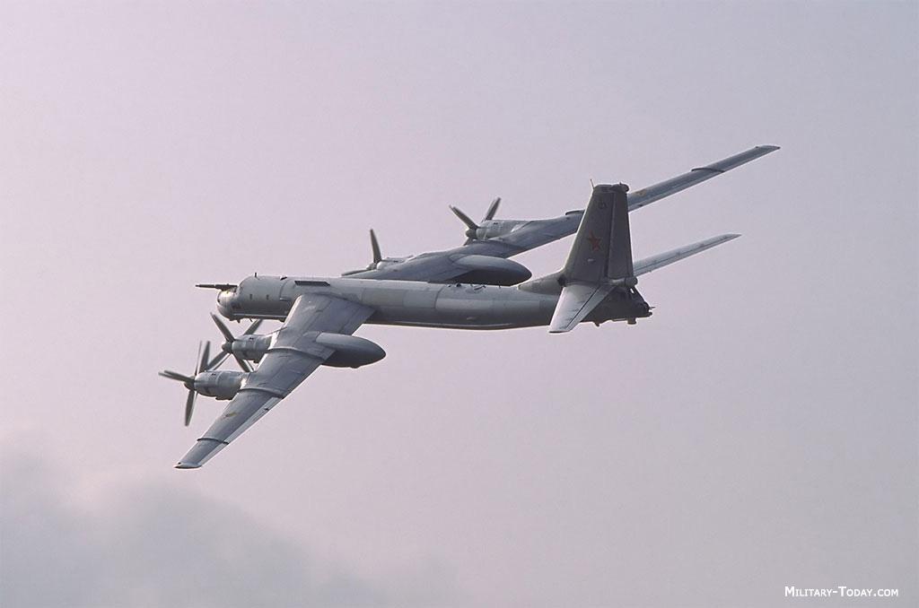 Tupolev Tu-95 y Tu-142 - Página 2
