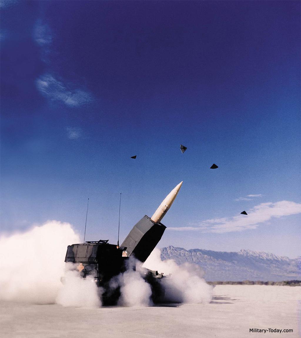 نظام الصواريخ M-142 HIMARS Himars_l11