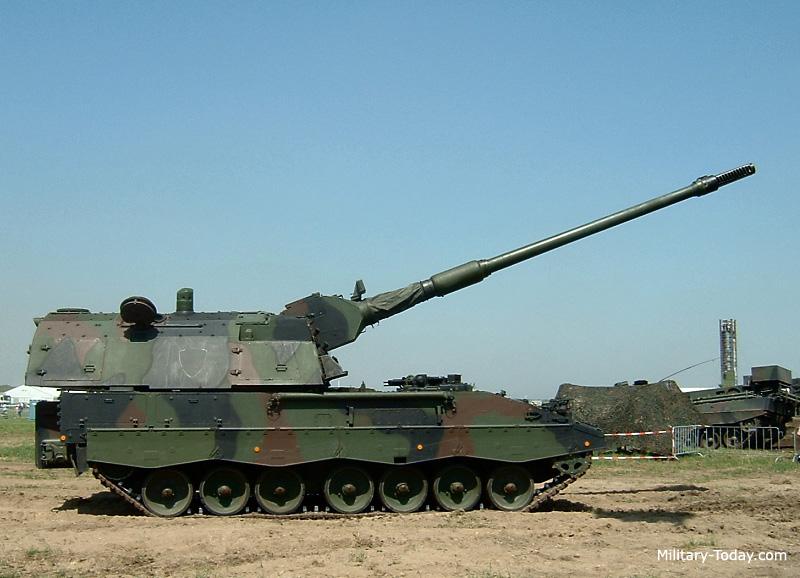 المدفع الالماني ذاتي الحركه PzH 2000 عيار 155 ملي Pzh_2000_l3
