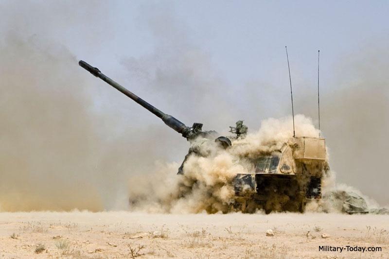 المدفع الالماني ذاتي الحركه PzH 2000 عيار 155 ملي Pzh_2000_l5