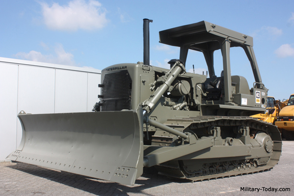 Caterpillar D7 Bulldozer | Military-Today com