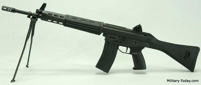 Howa Type 89 - Internet Movie Firearms Database - Guns in Movies ...