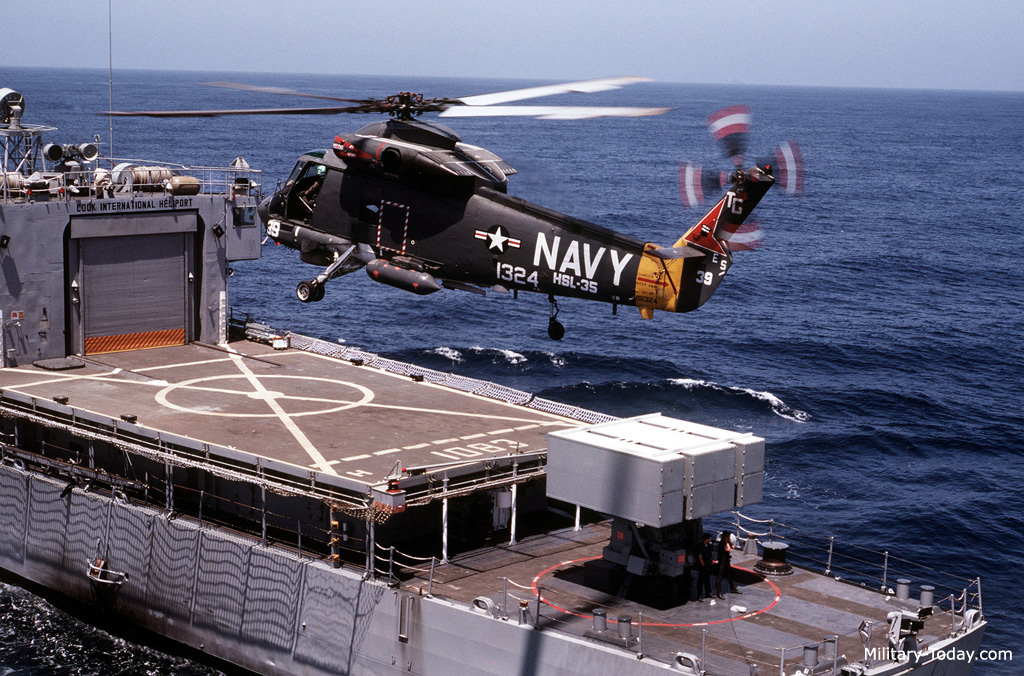 helicopter sprite with Sh2 Seasprite Images on 181583903490 further Photogallery moreover Planestrainscars Ios Shooting Helicopter likewise File SH 2F with Mk 46 torpedo in flight 1983 likewise Rayman3 graphic2.