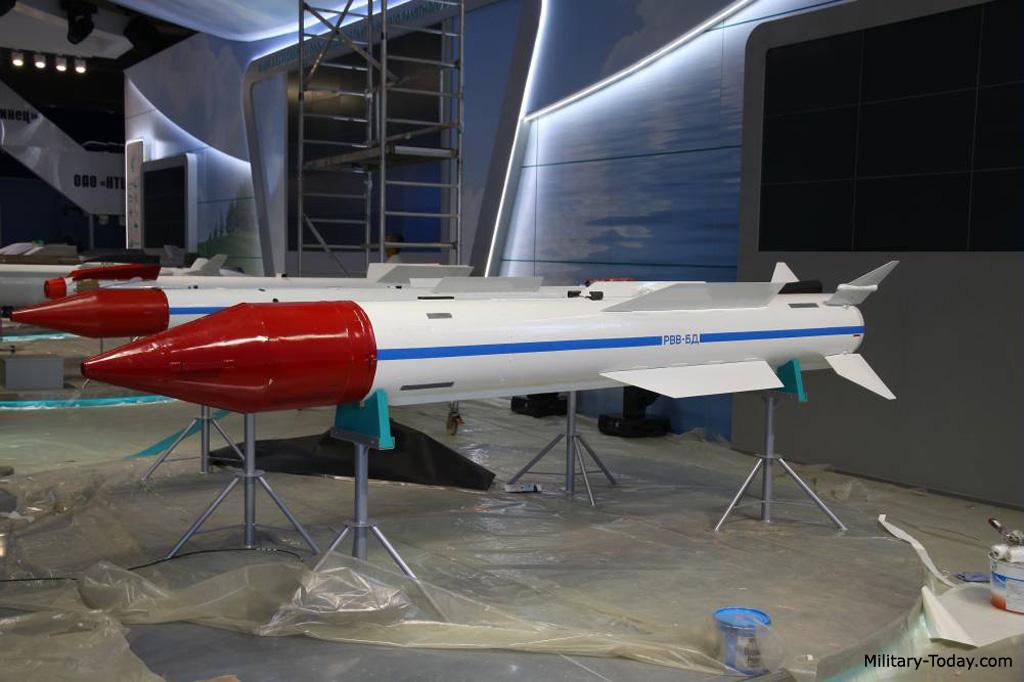 R-37 missile