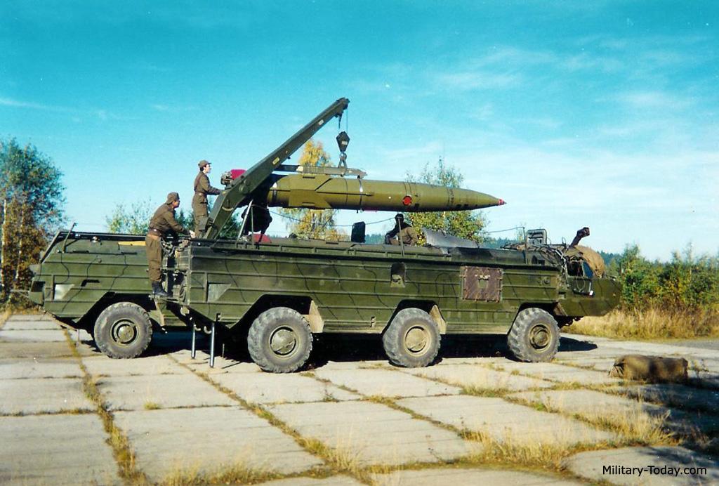 صاروخ Tochka البالستي قصير المدى  Ss21_scarab_l5