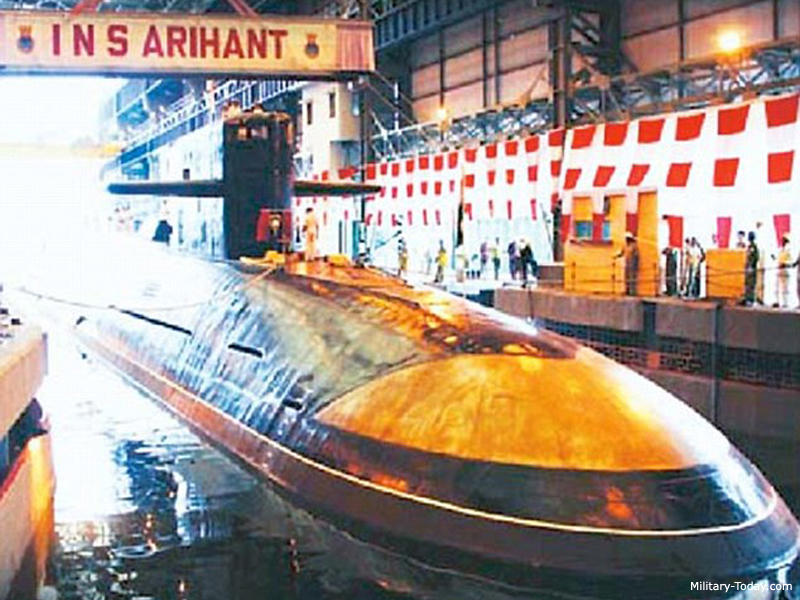 Submarino nuclear de misiles balisticos Arihant (India)