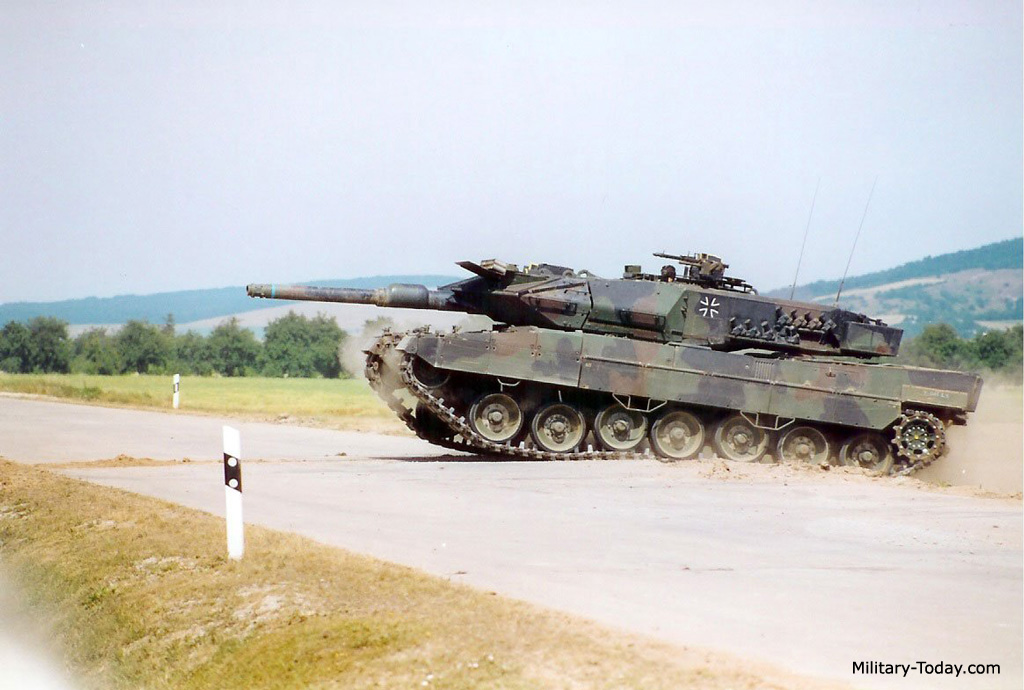 leopard 2a5 tank the image kid has it. Black Bedroom Furniture Sets. Home Design Ideas