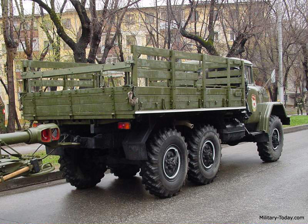 ZiL-131 Images: www.military-today.com/trucks/zil_131_images.htm