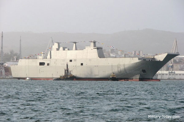 World best amphibious assault ship